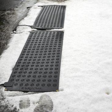 Heated Passageway Mat – 20″ x 48″